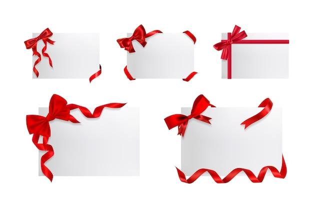 Zestaw realistycznych pudełek na prezenty.