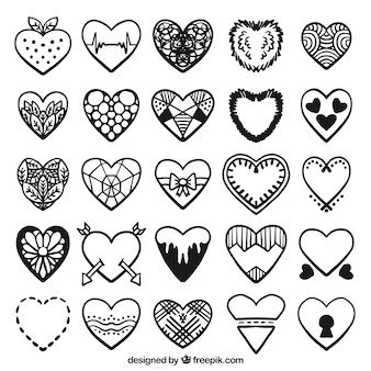 Zestaw ręcznie rysowane dekoracyjne serca