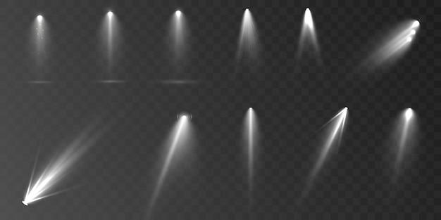 Zestaw reflektorów na przezroczystym tle wektor świecący efekt świetlny z