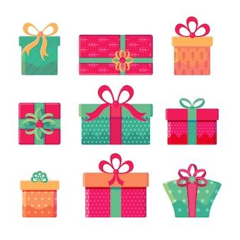Zestaw różnych pudełek z kokardkami na białym tle. prezenty na nowy rok, święta, urodziny. zbiór artykułów wakacyjnych. uroczysty w stylu płaskiej kreskówki