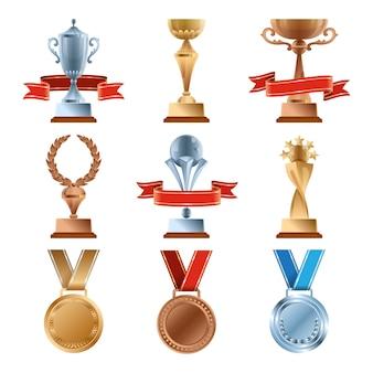 Zestaw różnych trofeów. mistrzowska nagroda złota. złoty, brązowy i srebrny medal oraz puchary zwycięzców.