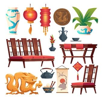 Zestaw rzeczy chińskiej restauracji na białym tle. tradycyjny wystrój azjatyckiej kawiarni, czerwona latarnia, drewniany stół i krzesła, wazon i moneta ze smokiem, ryż w misce z patykami, dzbanek do herbaty, ilustracja kreskówka