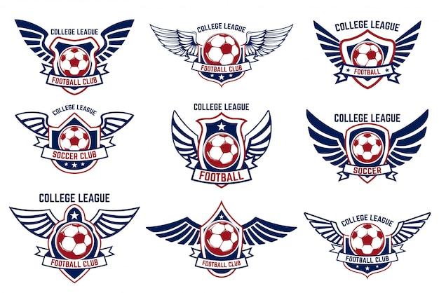 Zestaw skrzydlatych emblematów z piłką nożną. element na logo, etykietę, godło, znak. ilustracja
