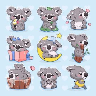 Zestaw ślicznych postaci z kreskówek koala kawaii. urocze i zabawne uśmiechnięte zwierzę biegające, śpiące, kąpiące się i jedzące pojedyncze naklejki, plastry. anime koala baby na niebieskim tle