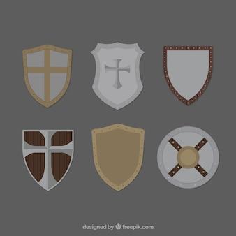 Zestaw średniowiecznych tarcz