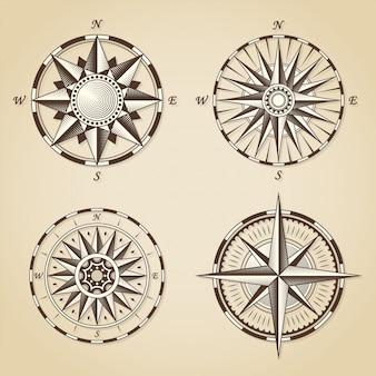 Zestaw starych starych antycznych morskich kompas róż