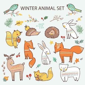 Zestaw świąteczny z uroczymi zwierzętami leśnymi. kolekcja
