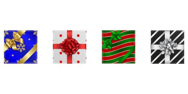 Zestaw świątecznych pudełek na białym tle