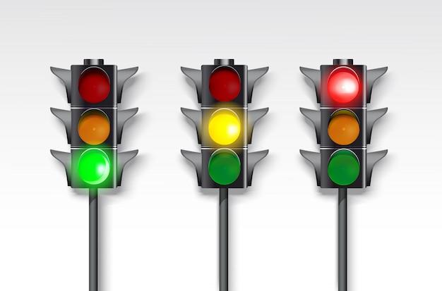 Zestaw sygnalizacji świetlnej na białym tle. płonący zielony, czerwony i zielony.
