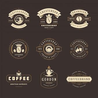 Zestaw szablonów logo kawiarni do projektowania odznak kawiarni i menu