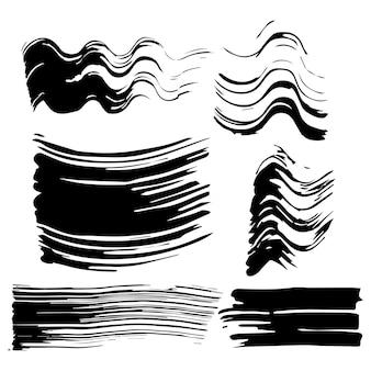 Zestaw sześciu odcisków tuszu do rzęs. czarne odciski, smugi, plamy na odosobnionym białym tle.