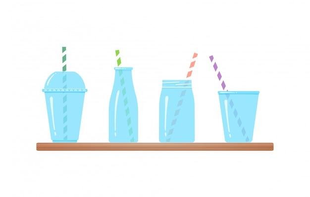 Zestaw szklanek do picia na białym tle