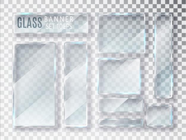 Zestaw szklanych przezroczystych płyt.