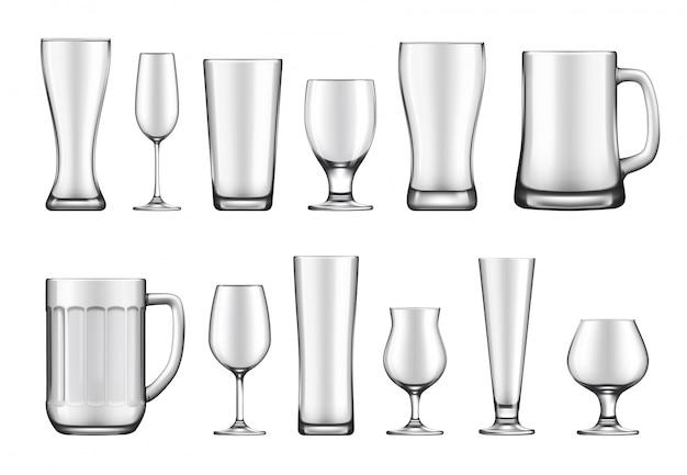 Zestaw szklanych pucharów, kubków i słoików