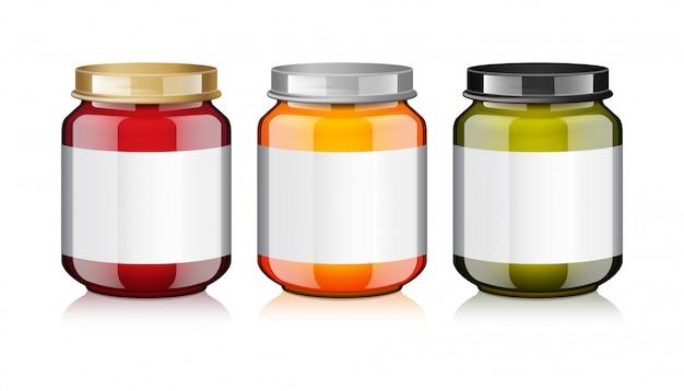 Zestaw szklanych słoików z białą etykietą na szablon makiety z miodem, dżemem, galaretką lub puree dla niemowląt