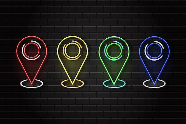Zestaw szpilek mapy retro neon na tle ściany. pojęcie logistyki i transportu.