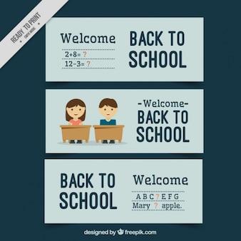 Zestaw transparenty z niebieskim tle na powrót do szkoły