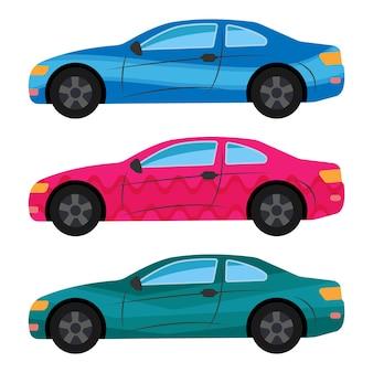Zestaw trzech samochodów pomalowanych na różne kolory. ilustracja wektorowa