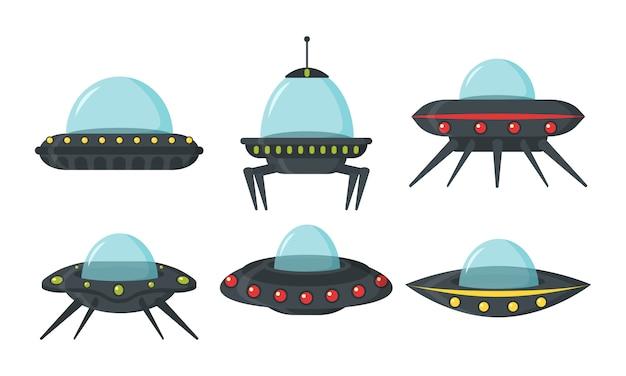 Zestaw ufo, kosmiczne statki kosmiczne, płaski styl. zestaw kolorów tablic obcych kół dla interfejsu użytkownika gry. statek kosmiczny w formie płyty do transportu. zestaw nlo w stylu kreskówkowym. .