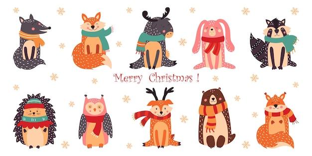 Zestaw uroczych zwierzątek bożonarodzeniowych.