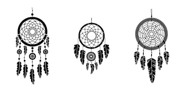 Zestaw wektor dreamcathers w stylu boho. mistyczne wnętrza. prosty styl