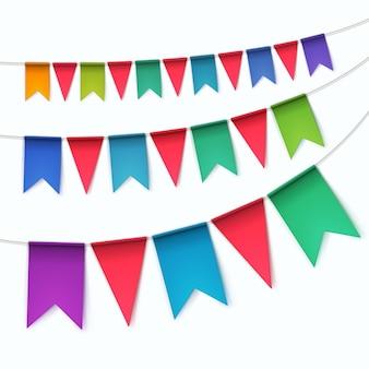 Zestaw wielobarwny trznadle flagi girlandy na białym tle