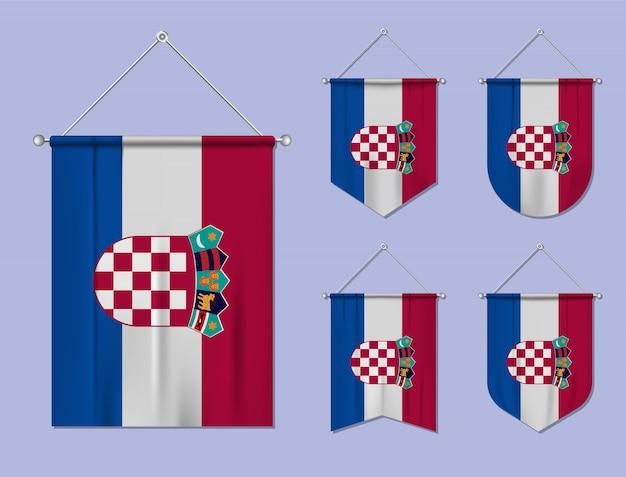 Zestaw wiszących flag chorwacja z tekstylną teksturą. różnorodność kształtów kraju bandery. proporczyk pionowy szablon