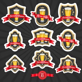 Zestaw zaprojektowanych etykiet piwa