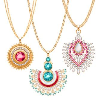 Zestaw złotych łańcuszków z różnymi zawieszkami. cenne naszyjniki. etniczne broszki w stylu indyjskim wisiorki z perłami z kamieni szlachetnych. dołącz szczotki łańcuchowe.