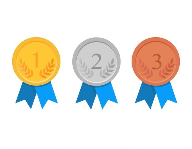 Zestaw złotych, srebrnych i brązowych medali award na białym tle