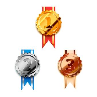 Zestaw złotych, srebrnych i brązowych nagród zwycięzcy z taśmami na pierwsze, drugie i trzecie miejsce, błyszczące odznaki na białym tle