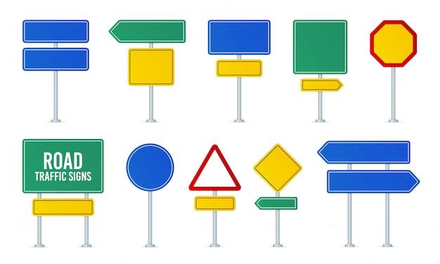Zestaw znaków drogowych. strzałka kierunku, tablica informacyjna. uwaga znaki drogowe