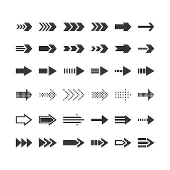 Zestaw znaków kierunkowych strzałka monochromatyczne. ikony właściwego kierunku, elementy graficzne następnego kroku do nawigacji w witrynie