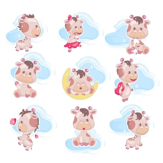Zestaw znaków kreskówek kawaii cute żyrafa. uroczy i śmieszny zwierzę z chmury odosobnionym majcherem, łata, dzieciaki rezerwuje ilustrację. anime szczęśliwy i figlarny dziecko żyrafa emoji na białym tle