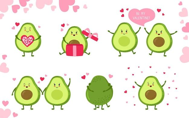 Zestaw znaków z kreskówek awokado. ręcznie rysowane śmieszne słodkie zielone awokado kawaii z balonem serca, prezentem i dymkiem dialogowym