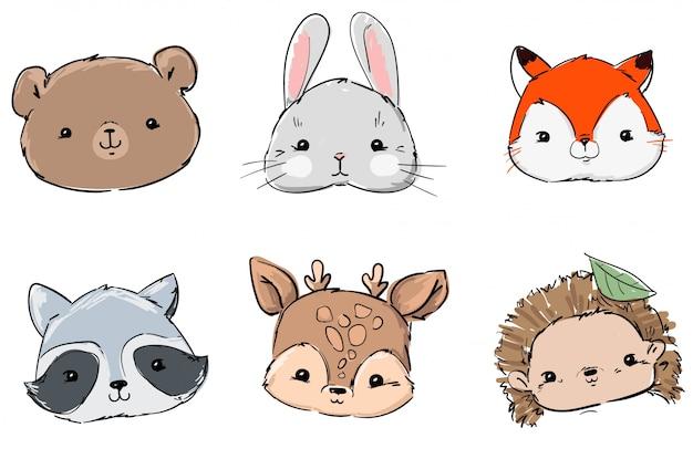 Zestaw zwierząt leśnych, ręcznie rysowane ładny królik, lis, niedźwiedź, szop, jeż i jeleń