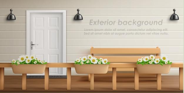 Zewnętrzne tło z fasadą werandy. pusty taras z drewnianym ogrodzeniem i kwiatami w doniczkach