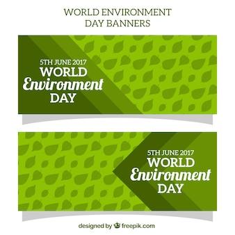 Zielone banery z liści na świecie środowiska dzień