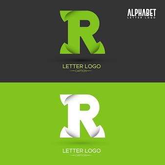 Zielony list w kształcie liści organicznych logo litery r.
