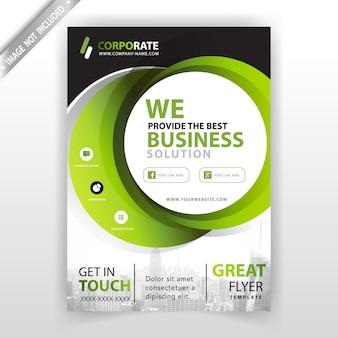 Zielony projekt okładki broszury firmowej