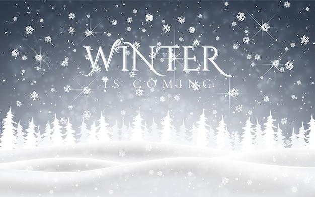 Zima nadchodzi. świąteczny, śnieżny nocny krajobraz leśny ze spadającym śniegiem, jodłami, płatkami śniegu na zimowe i noworoczne wakacje. boże narodzenie zima tło.