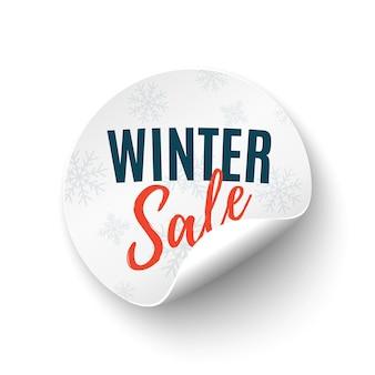 Zimowa wyprzedaż okrągły baner. przywieszka z ceną na białym tle na białym tle. odznaka promocyjna.