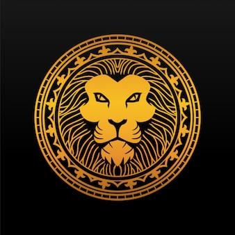 Złota odznaka głowa króla lwa