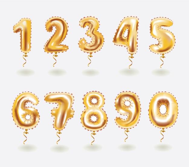 Złote balony zabawki i wstążki. cyfra numeryczna. wakacje i impreza.