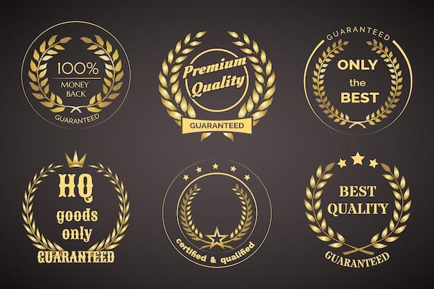 Złote etykiety retro gwarancji z wieńcami na czarnym tle