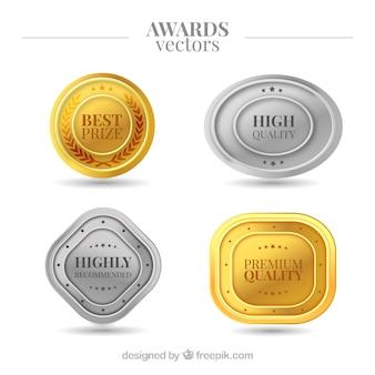 Złote i srebrne nagrody w realistycznym stylu
