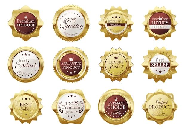 Złote odznaki, emblematy najwyższej jakości, luksusowe pieczęcie. realistyczne złoty medal odznaka, etykiety pieczęć vintage elegancki produkt wektor zestaw. ekskluzywny produkt, najlepiej sprzedające się ikony do sklepu
