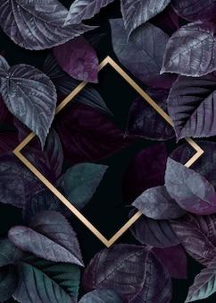 Złote ramki na liściach