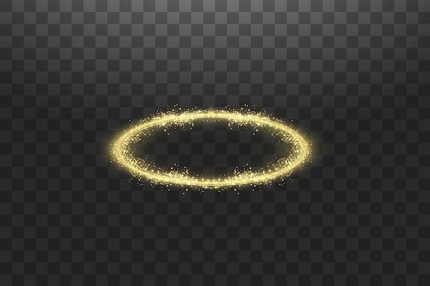 Złoty pierścionek z aureolą anioła. odosobniony