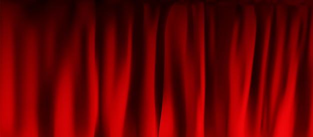 Złożona realistyczna kolorowa czerwona aksamitna zasłona. opcja zasłony w domu w kinie